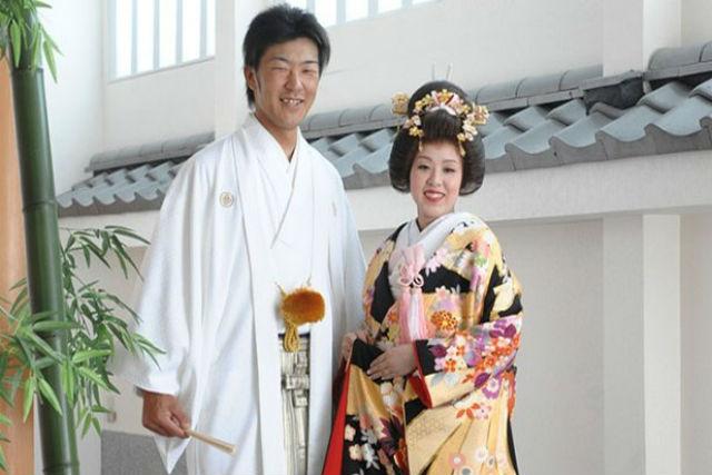 【千葉・木更津・着物レンタル】本格和装で結婚写真。懐石料理も楽しめる和のフルコース