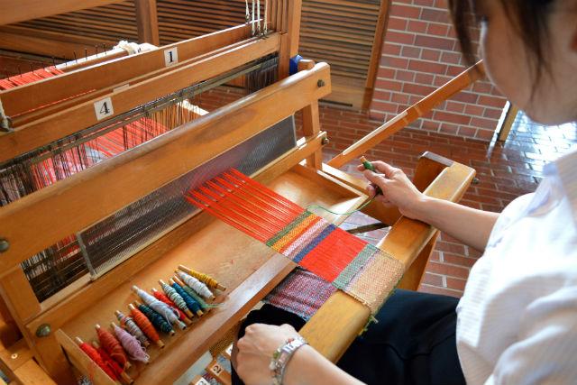 【北海道・旭川・手織り体験】北海道の伝統工芸・優佳良織に挑戦!自然の恵みを感じよう