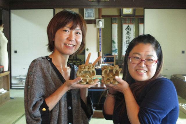 【島根県浜田市・陶芸体験】伝統の石州瓦の魅力に触れる旅。手びねり獅子づくり