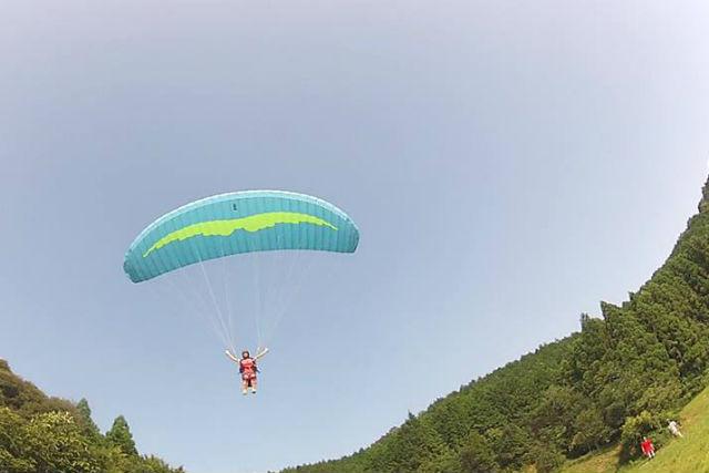 【兵庫・パラグライダー体験】自分の力で空を飛ぼう!市島駅からの送迎無料!