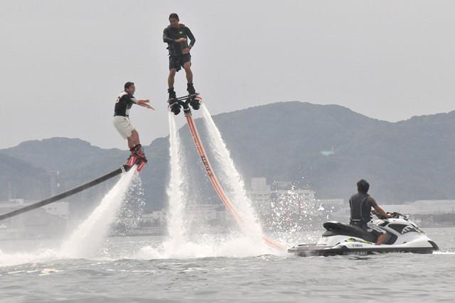 【千葉・館山市・ジェットブレード】自由自在に空を飛ぶ!ジェットブレード体験(20分コース)