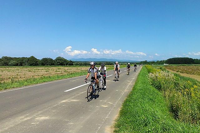 【札幌近郊・サイクリング・1日】北海道の景色満喫コース!ロードバイクのプロが徹底サポートします!