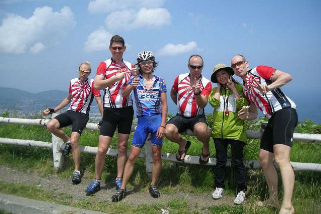 【札幌近郊・サイクリング・半日】ロードバイクで北海道の大地を走ろう!お手軽2時間サイクリングツアー