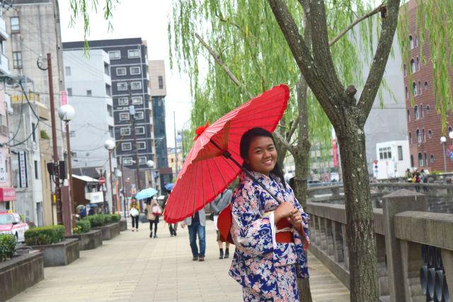 【長崎・着物レンタル・30分】日本三名橋の眼鏡橋で思い出を残そう!おてがる着付けプラン