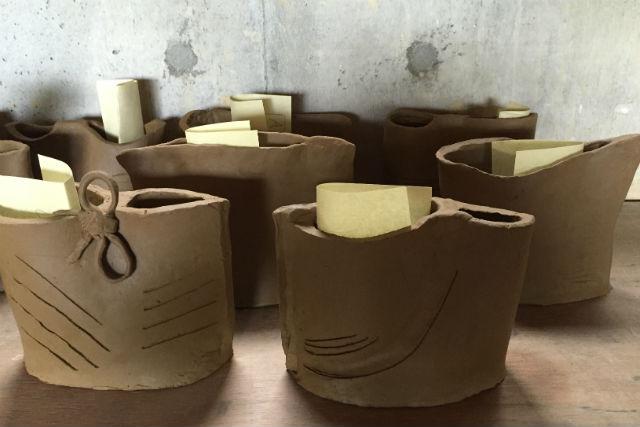 【滋賀県信楽町・陶芸・たたら作り】信楽焼のお皿・とっくりを作ろう!たたら陶芸体験