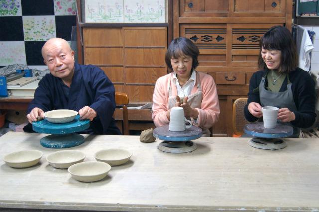 【大阪市・陶芸体験】「作りたい」の気持ちに応えます!お好きな製法で陶芸体験