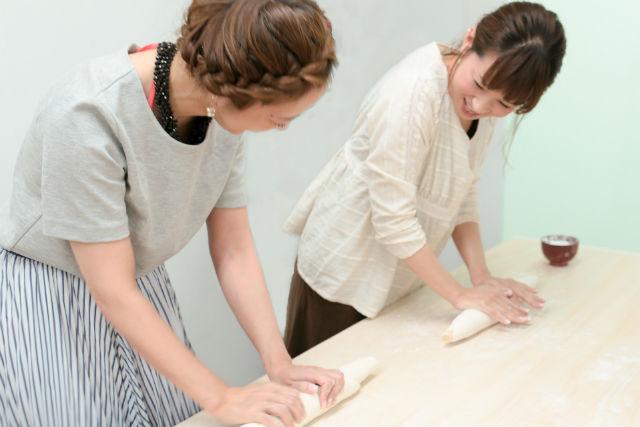 【大阪市・手作りうどん】香川生まれの講師が教える、手打ちうどん体験教室。気軽に2時間、試食もできます(1グループ4名様までの料金)