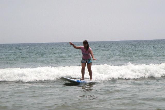 【宮崎・サーフィンスクール】スグに波乗りできる!初心者グループに最適のサーフィン体験