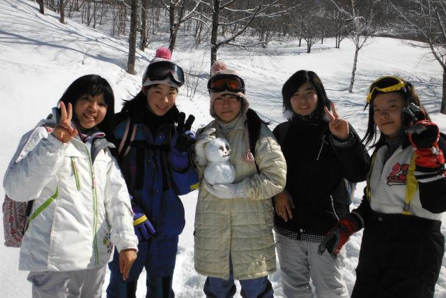 【群馬・みなかみ・スノーシュー】ふかふかの雪の上で遊び回ろう!スノーキッズプラン