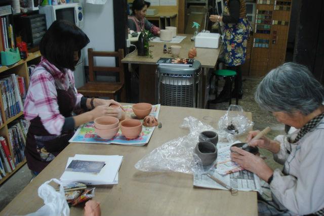 【山口・陶芸・手びねり】古民家を再利用した工房で、信楽焼を作ろう!手びねりプラン