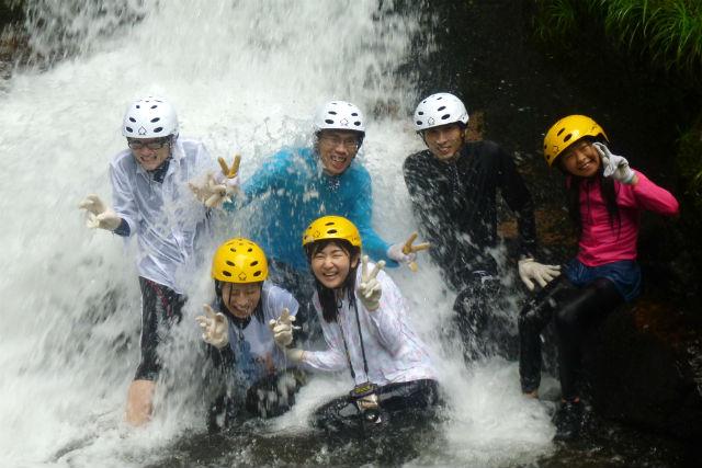 【岡山・新見市・シャワートレッキング】7月&8月限定!夏休みは渓流で遊ぼう