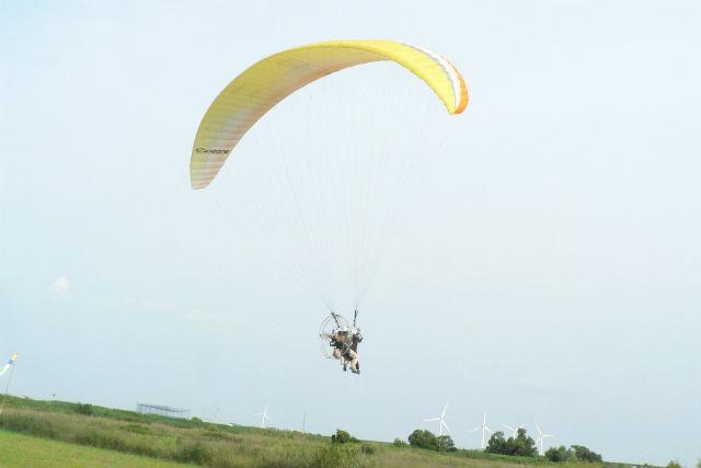 【静岡・浜松・モーターパラグライダー】河川敷から海岸まで往復フライト!(15分・10:00)
