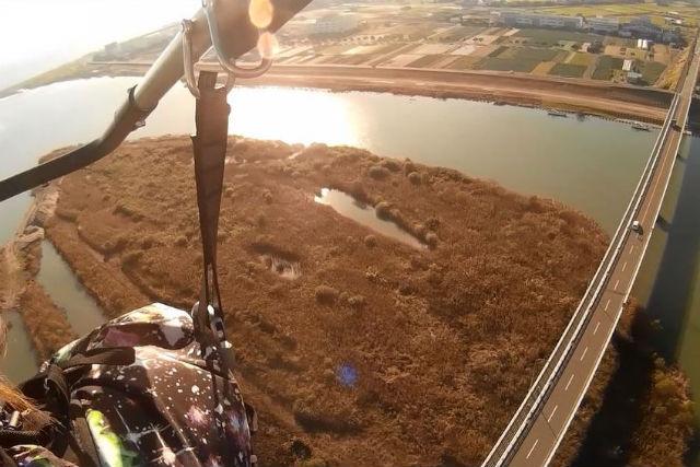 【静岡・浜松・モーターパラグライダー】河川敷から海岸まで往復フライト!(15分・13:00)
