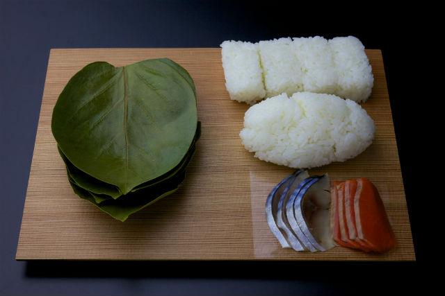 【奈良・天理市・料理体験】奈良の郷土料理・柿の葉ずしで食育を!鯖&鮭・8個入りプラン