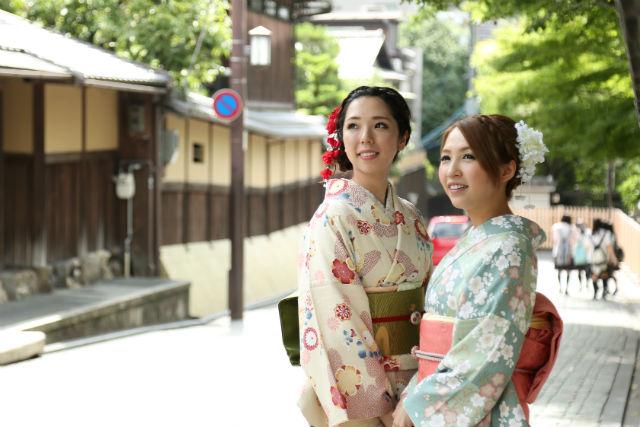 【京都・祇園・着物レンタル】背の高い方・ふくよかな方に。豪華な小物フルレンタル付き!