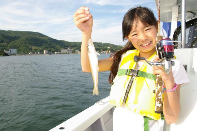 【静岡・伊豆下田・釣り】手ぶらで釣りにGO!下田漁港内・船釣りプラン
