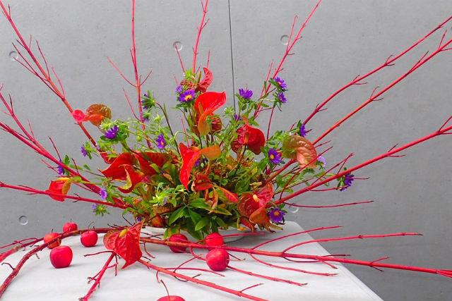 【奈良・フラワーアレンジメント】花のスペシャリストが伝授!生花を使ってアートなアレンジ体験