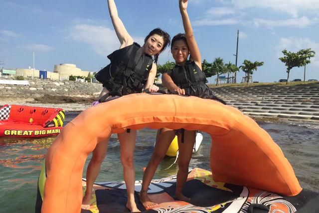 【沖縄・ マリンスポーツ 】絶叫マリンレジャー4種類パック(バナナボート・ビックマーブル・エナジー・ジャンボ)