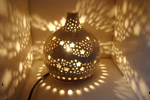 【大分・陶芸】魔法のような光のきらめきを!オリジナルランプシェード作り