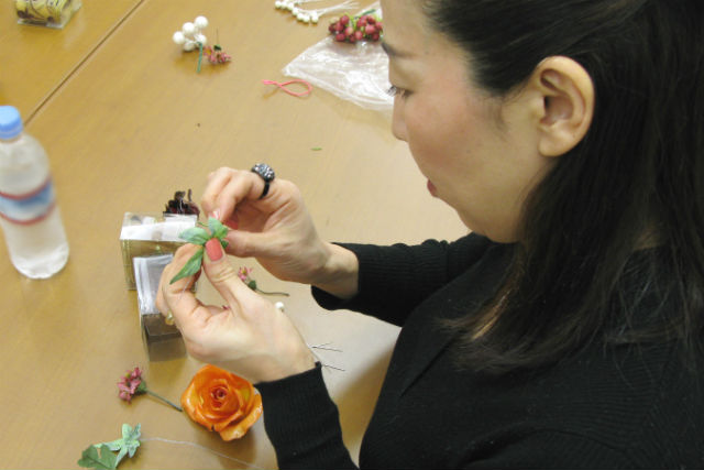 【兵庫・西宮・手作り雑貨】花のフォトフレーム作り!ジェルフラワープラン