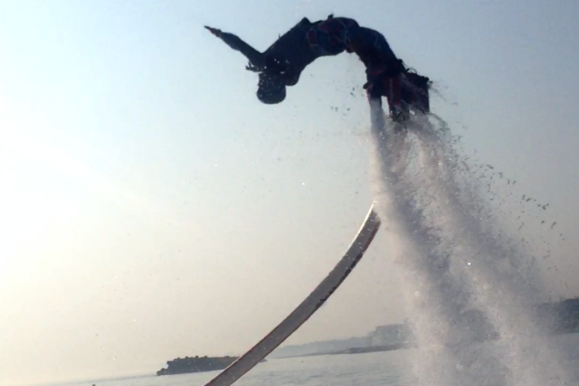 【兵庫・明石・フライボード】明石、初上陸!水圧ジェットで空を飛ぼう!