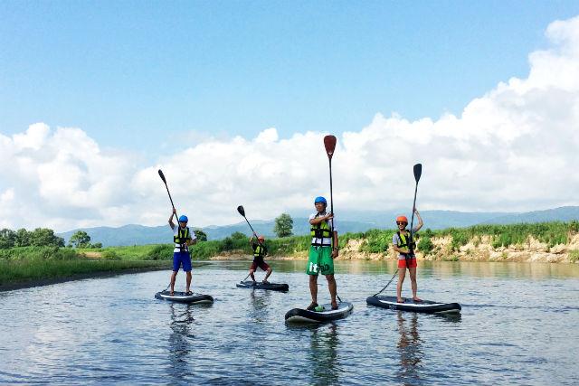 【長野・千曲川・SUP】日本最長の川を下るSUP体験!自然のなかを探検クルージング!