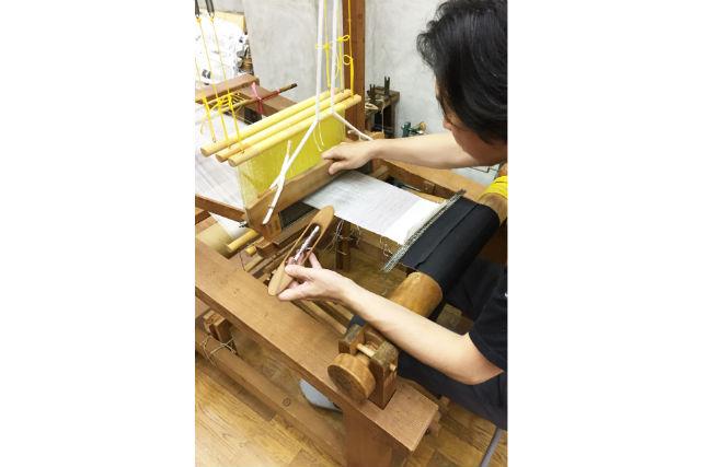 【京都市】錦地を作る、機織り体験(工房見学&ポストカード付)