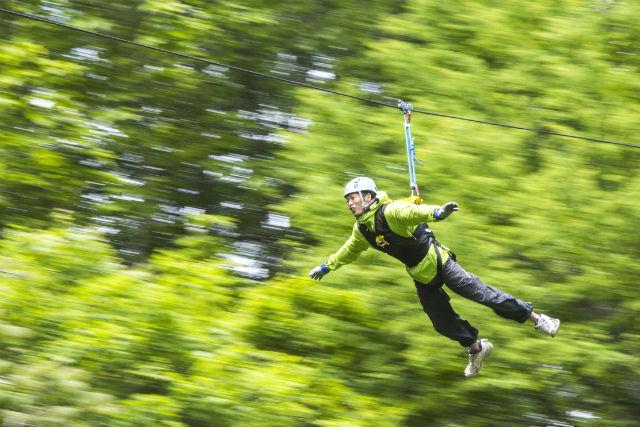 【北海道・エアトリップ】ドキドキが止まらない!ネイチャーガイドがお届けする空中飛行