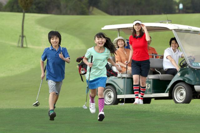 【埼玉・ゴルフ】豪華BBQ付き!女性・ジュニアも安心の初心者コースでゴルフデビュー