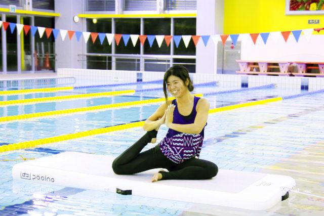 【静岡・熱海・SUP】温水プールで新感覚フィットネス。SUPヨガ体験!