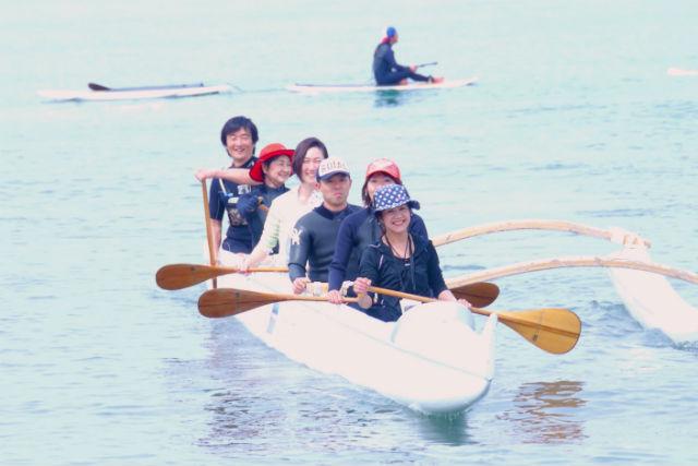【千葉・館山・カヌー】都心から日帰りOK!澄んだ水面を6人乗りカヌーで漕ぎだそう