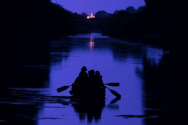 【北海道・十勝・Eボート】ロマンチックな夜の旅。ナイトリバークルージング(4月~11月)