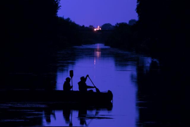 【北海道・十勝・Eボート】きらめく銀世界を探検!ナイトリバークルージング(12月~3月)
