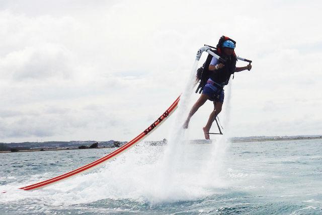 【沖縄・石垣島・ジェットパック 】石垣島初上陸!安定性の高いジェットアクティビティで遊ぼう