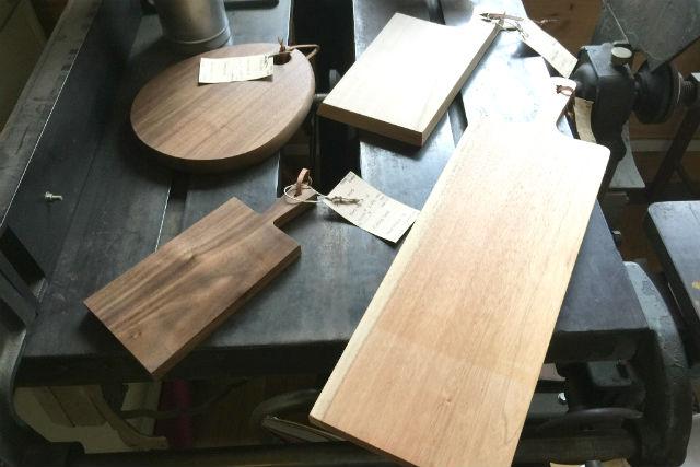 【岐阜・木工体験】飛騨の木工職人がレクチャー!天然木の「まな板」を手作りしよう