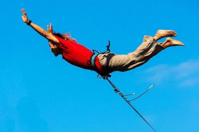 【北海道・ブリッジスウィング】橋の上から命綱一本で飛ぶスリル!ブリッジスウィングに挑戦!