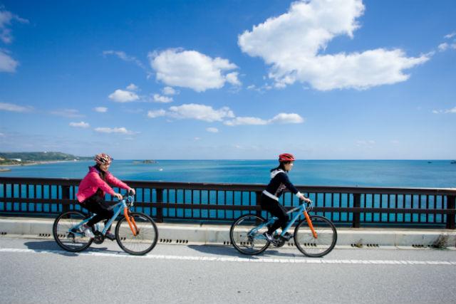 【沖縄・うるま市・レンタサイクル】自転車で離島めぐり!