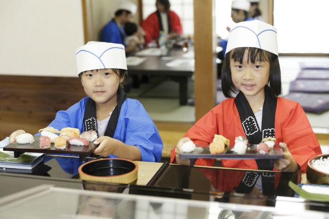 【富山・料理体験】自分で握った寿司は格別!握り寿司体験10貫竹コース
