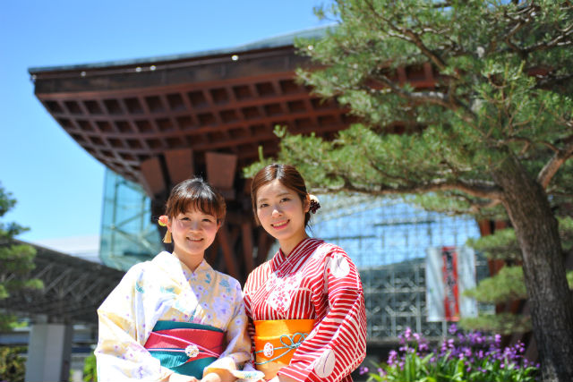 【金沢・浴衣レンタル】女子旅をもっと華やかに!金沢駅徒歩5分で浴衣レンタル