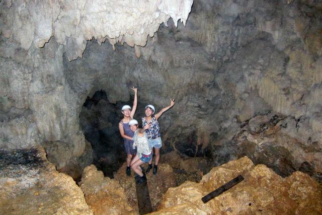 【沖縄・恩納村・エコツアー】沖縄有数のパワースポットへ!鍾乳洞探検ツアー