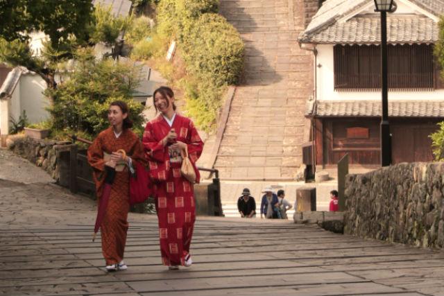 【大分・着物レンタル】「きものが似合う歴史的町並み」に認定!風情ある城下町を、着物で町歩き