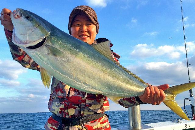 【大分・釣り(初心者)体験】大型船ならではの充実設備!釣りデビューを快適に果たせます