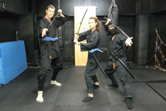 【新宿・忍者体験】歌舞伎町で忍者体験!3つの術をマスターしよう