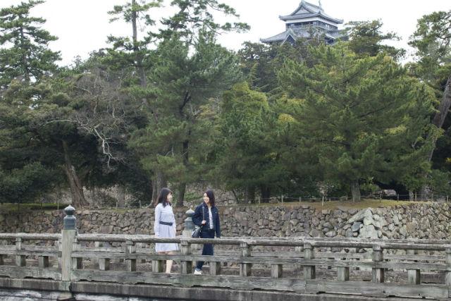 【島根・松江・ガイドツアー】松江人の暮らしと食文化を訪ねて。松江城下の今昔散歩コース