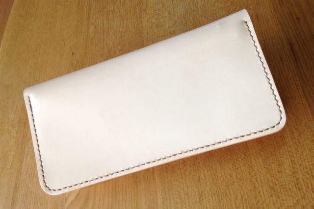 【福岡・レザークラフト】シンプルな基本の長財布作り