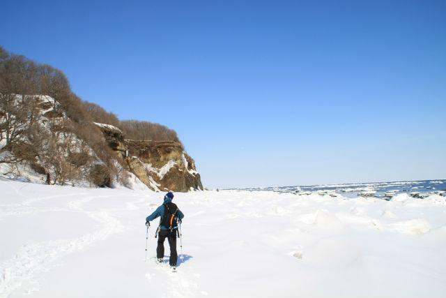 【北海道・網走・スノーシュー】氷瀑&流氷を見に行こう!スノーシューツアー