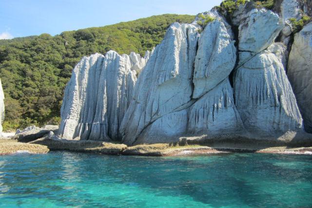 【青森・観光船】巨大な岩が作る絶景!観光船で行く、仏ヶ浦ツアー