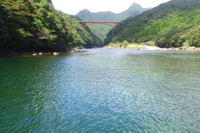 【屋久島・SUP】屋久島の自然に包まれる!安房川SUPツアー(1日)