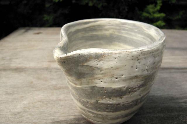 【鎌倉・陶芸体験】飾りつけもOK!こだわりの器が作れる手びねり体験