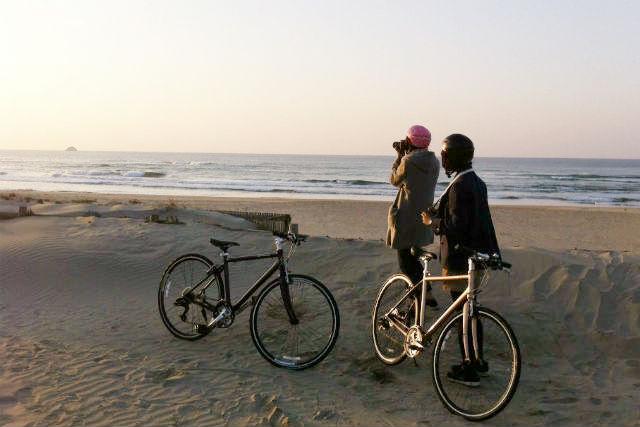 【鳥取砂丘・サイクリング】鳥取砂丘・ダウンヒルサイクリング~らっきょう畑と海岸道路コース(120分)